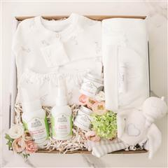 Mommy and me gift box includes:gender neutral romper, two in one, gown and body suit, stork print, swaddle blanket, stork print, two organic burp clothes, newborn hat, nipple balm, perineal balm, baby wash, baby oil and organic toy stork. personalized message.